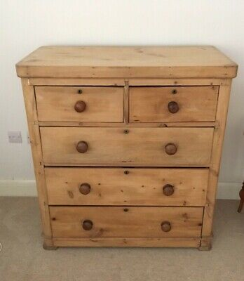 """Antique Victorian Pine chest of Drawers. Size, 39""""width 18.5""""depth 41.5"""" height"""