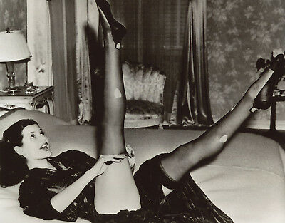 Rita Hayworth Leggy 8x10 photo W3687