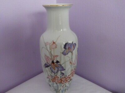 Lovely Vintage Japanese Orchid Porcelain Iris Flowers Design Vase 20.5 Cms Tall
