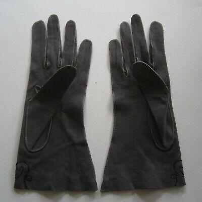 Amazing Grey Bracelet Length Super Soft Leather Vintage Ladies Gloves 1940s