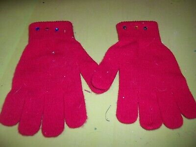 NEW   Pair Girls/Ladies Red Stretch Magic Gloves - One Size