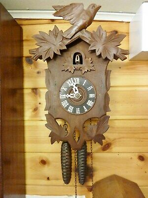 antique carved cuckoo clock 1900s working order 30hr soft cuckoo sound swiss old