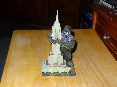 New York Empire State Building King Kong Souvenir 7 INCH TALL