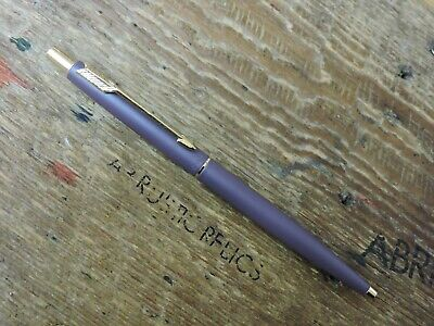 Old Vintage 1990 IIQ PLUM Gold Trim GT Parker Classic Ballpoint Pen Made In USA