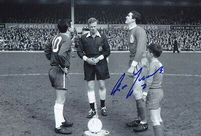 LIV 086 : HAND SIGNED 12x8 PHOTO LIVERPOOL 1965 RON YEATS