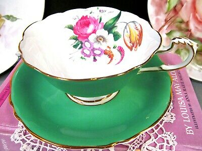 PARAGON tea cup and saucer GREEN & ROSE pattern teacup wide mouth England 1930's