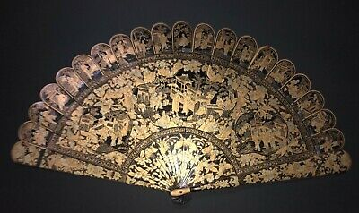 Fine Antique Chinese Export Gold Gilt Lacquer Hand Painted Court Scene Brise Fan