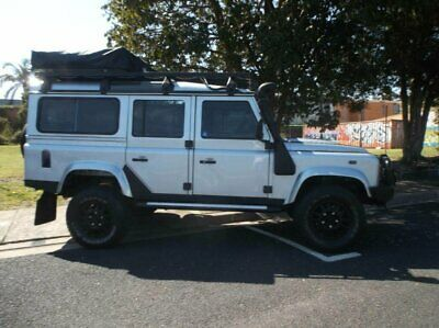 2010 Land Rover Defender MY10 110 (4x4) Silver Manual 6sp M Wagon