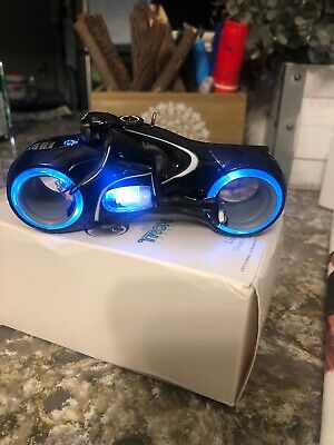 Hallmark Keepsake Magic Light up Disney's TRON Legacy Light Cycle 2010 ornament