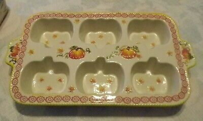 Temp-tations by Tara~ Pumpkin Patch (Texas sized) Muffin Pan- Never used~ Mint