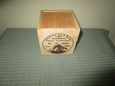 Mt St Helens Volcanic Ash Art Glass Red Christmas Ornament w/ Wooden Box 1985