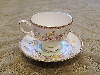 Royal Tuscan England 7891H Cup & Saucer 8 Oz Pink With Multicolor Flowers Green