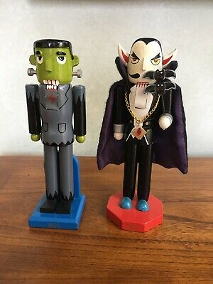 Halloween Nutcrackers Set of 2 Frankenstein and Dracula 2010