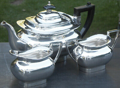 Gleaming Vintage Walker & Hall 3 Piece Tea Service Set - Silver Plated