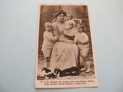 H.M. Queen of Spain and children Royalty Postcard