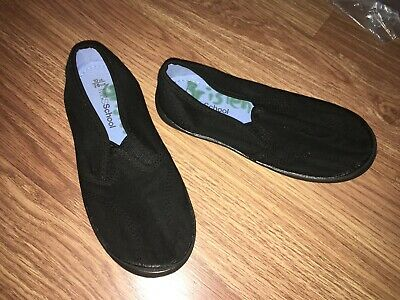 Marks & Spencer Boys Uk Size 10 Black Slip-On Pumps (Ex Cond)