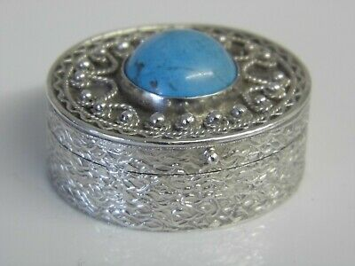 A Vintage Sterling Silver Cabochon Turquoise Stone Set Snuff Pill Trinket Box