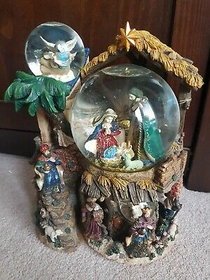 **Kirkland Large Musical Lightup Revolving Christmas Snowglobe*The 1St Noel**