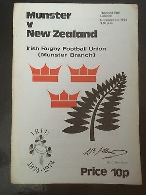 3530 - ALL BLACKS 1974  tour: Munster v New Zealand Rugby Programme 09/11/1974