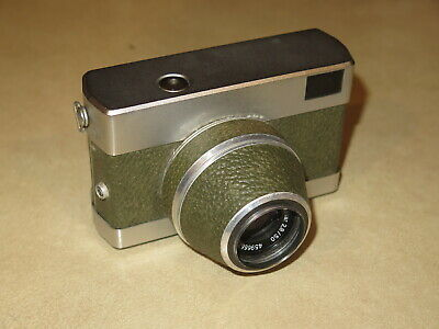 Vintage Werra MXV 35mm Camera with Carl Zeiss Jena Tessar 50mm, f/2.8 Lens
