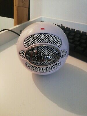 Blue Microphones Snowball ICE White USB Microphone With stand