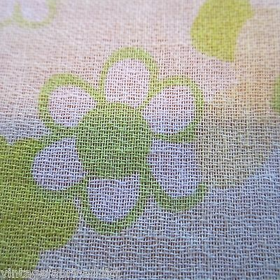 200cm x 86cm Lime Green Daisy Floral Retro Vintage Cotton Sewing Fabric 1960s