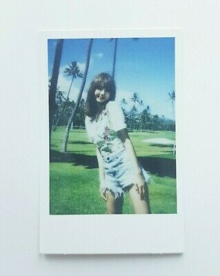 """K-POP BlackPink LISA Limited Photocard - Official 2019 SUMMER DIARY """"IN HAWAII"""""""