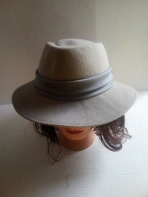 100% Wool Vintage Woman's Grey Fedora Trilby with Bow WPL 4384