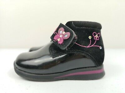 CLARKS First Shoe Black Leather Infant Kid Baby Child Ankle Boot Size 4.5 F