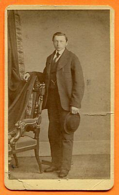 CDV Milwaukee, WI, Portrait of a Young Man, by Kremer, circa 1870s Backstamp