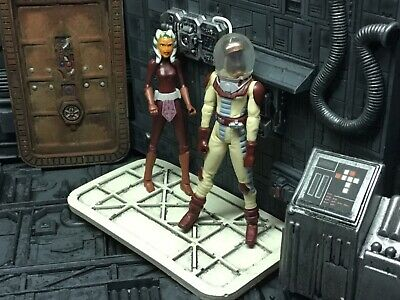 Star Wars Clone Wars Space Suit Obi-Wan & Ashoka Tano loose action figures