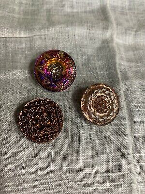 Czech 3 Carnival Glass Buttons 7-3