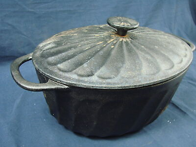 Paula Deen 3.5 Qt Dutch Oven Round Covered Casserole Dish Cast Iron New