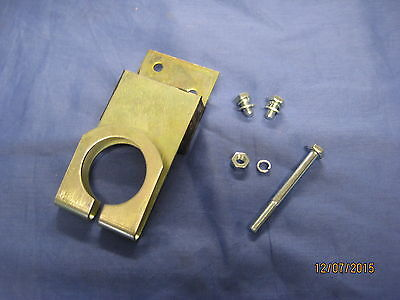Mg  New Mgb Roadster Or Gt Early C.b. Rear Exhaust Bracket Kit    ***V2D