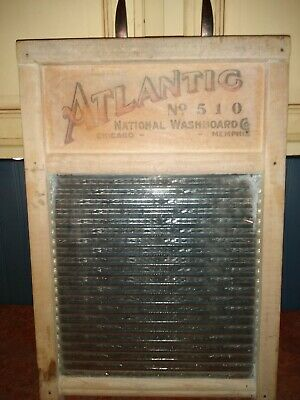 Vintage Atlantic No.510 Ribbed Glass Washboard