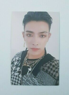 """ATEEZ HONGJOONG Official Photocard - Official """"TREASURE EP.FIN : All To Action"""""""