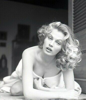 "ANITA EKBERG 8/"" X 10/"" glossy photo reprint"
