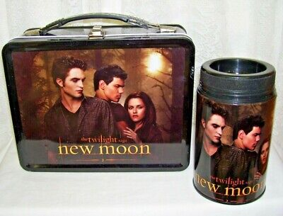 The Twilight New Moon Metal Lunchbox and Thermos