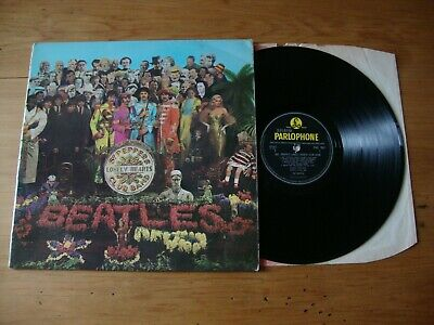 BEATLES Sgt Peppers Lonely Hearts Club Band UK 1967 1st Press Insert & Red Waves