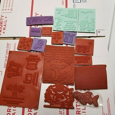 LOT OF 207 crafting papers in various sizes and various colors