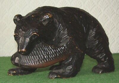 ANTIQUE CARVED BEAR BLACK FOREST LARGE BEAR WITH FISH circa 1930s
