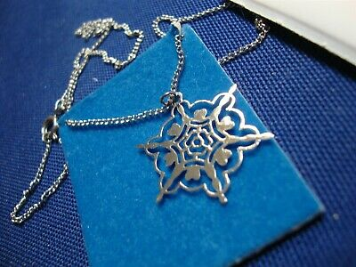 Grandmas Estate 925 Sterling Silver Snowflake Necklace