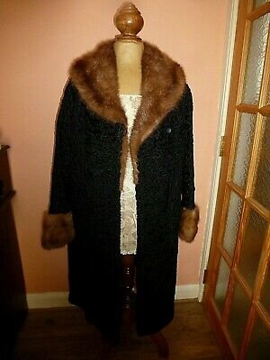 Gorgeous Vintage Persian Lamb Coat With Fur Collar And Cuffs Size 12/14