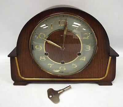 Vintage SMITHS Wooden Mantle Clock With Key - Spares/Repairs - E18