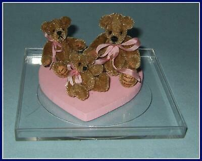 World Of Miniature Bears Tiny set 3 Bears in Display Case with Certificate COA