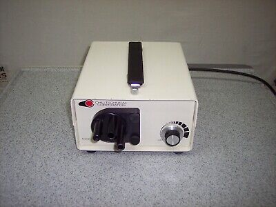 Chiu Technical Corporation SLS-150 Light Source