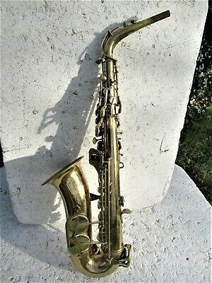 Conn  Shooting Star Alto Saxophone, 1970, Case