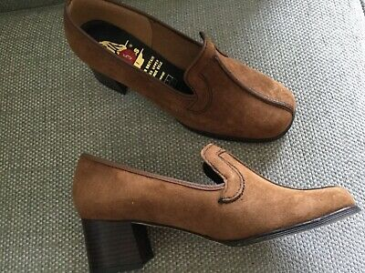 Retro ladies shoes Hush Puppies Britain leather suede 5 Bonnie low heal slip on