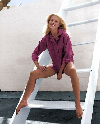 Cheryl Ladd Unsigned 8x10 Photo (46)