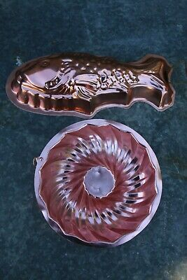 2 x VINTAGE KITCHEN PINK ANODISED TIN FISH & ROUND JELLY MOULDS